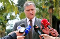 Vasco Cordeiro manifesta a Miguel Albuquerque pesar pelo acidente na Madeira